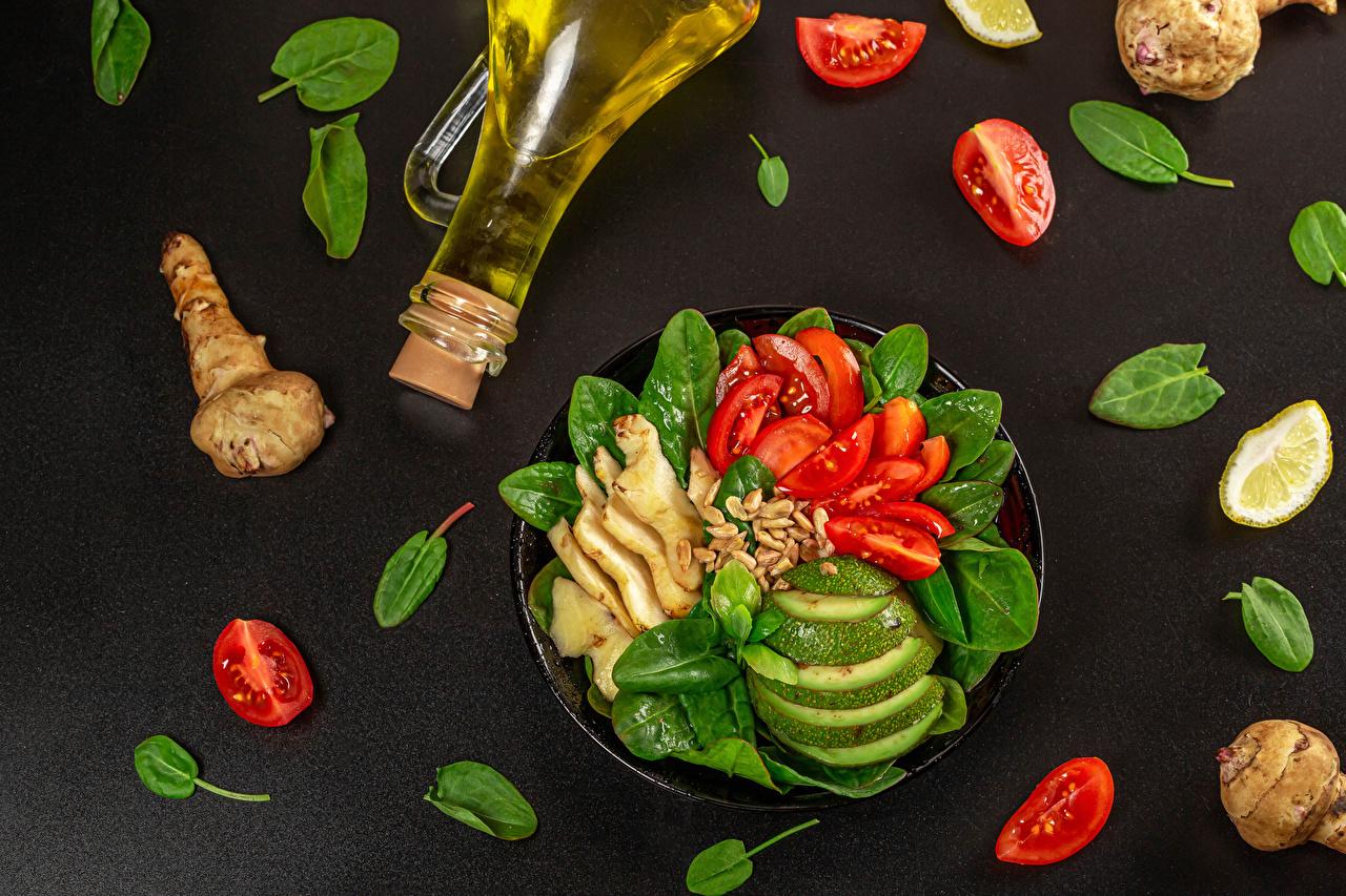 Fotos von Ingwer Öle Tomaten Avocado Gemüse Flasche das Essen Grauer Hintergrund Tomate flaschen Lebensmittel