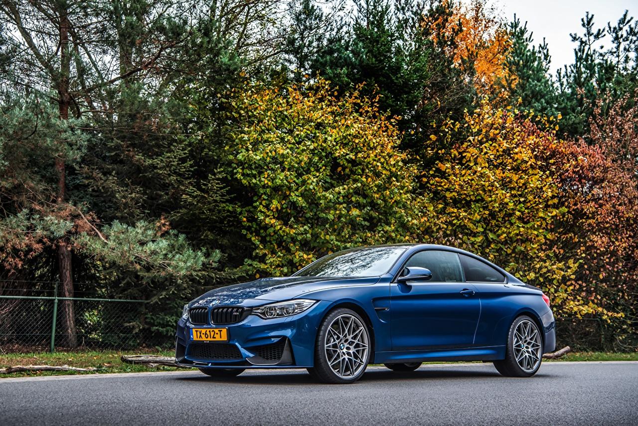 Images BMW M4 Competition Coupe Blue Side Metallic automobile auto Cars