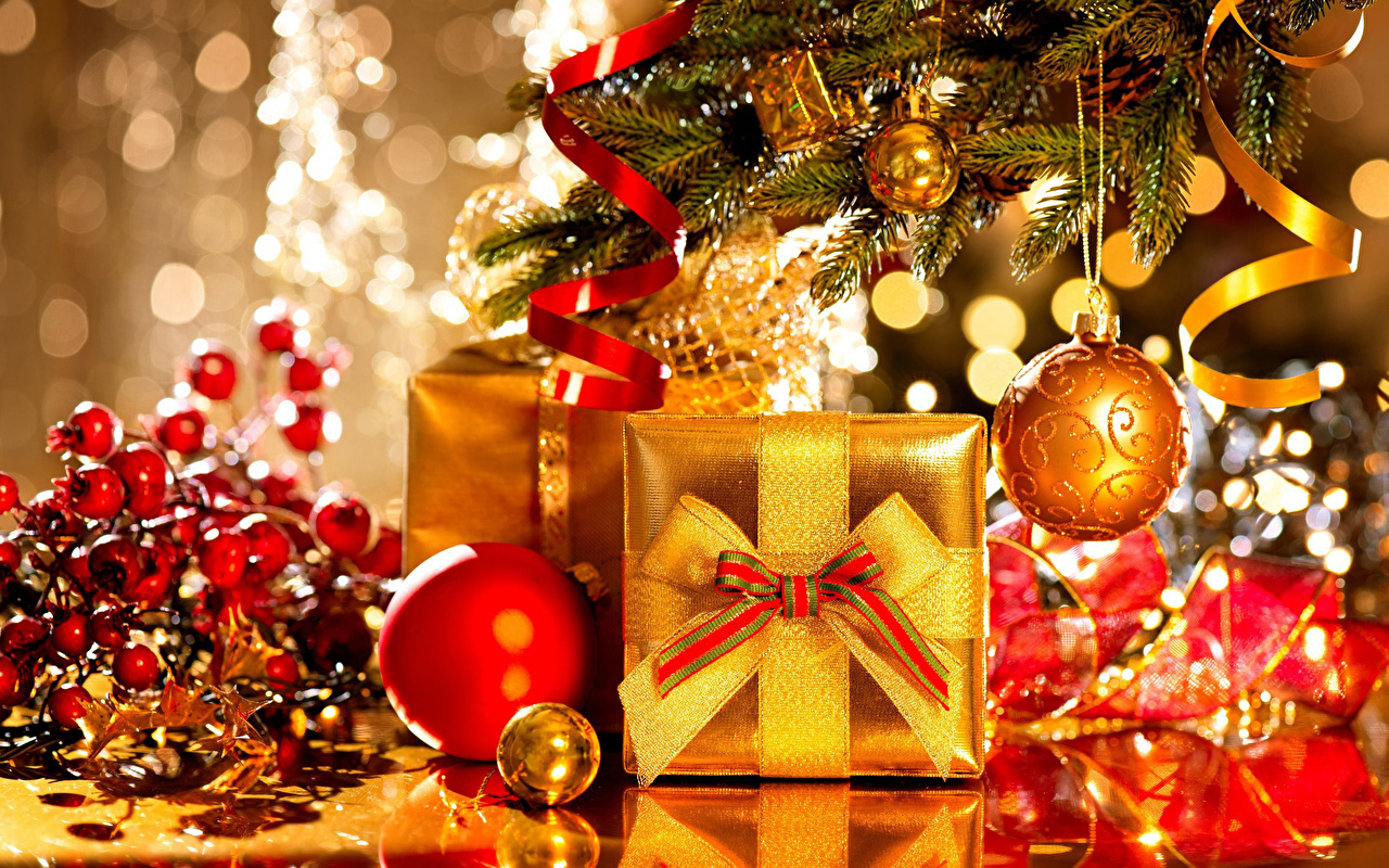 Pictures New year Gold color Christmas tree present Balls Branches Holidays Christmas New Year tree Gifts