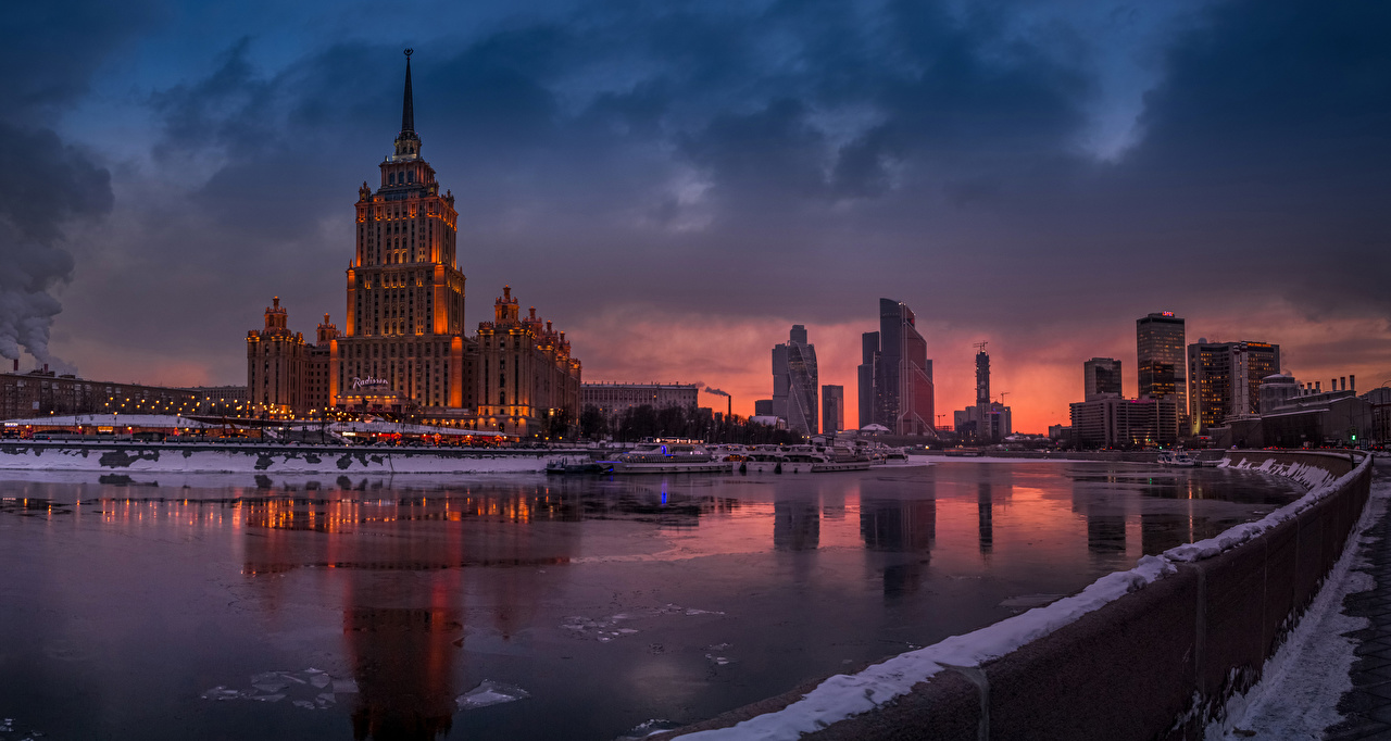 Desktop Wallpapers Moscow Russia Winter Pier Rivers Evening Houses Cities river Berth Marinas Building