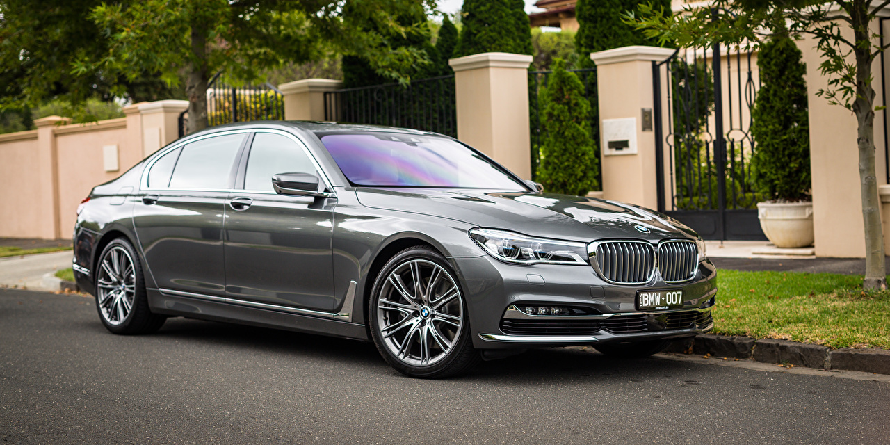 Photos BMW G12 7-Series Sedan gray Cars Grey auto automobile