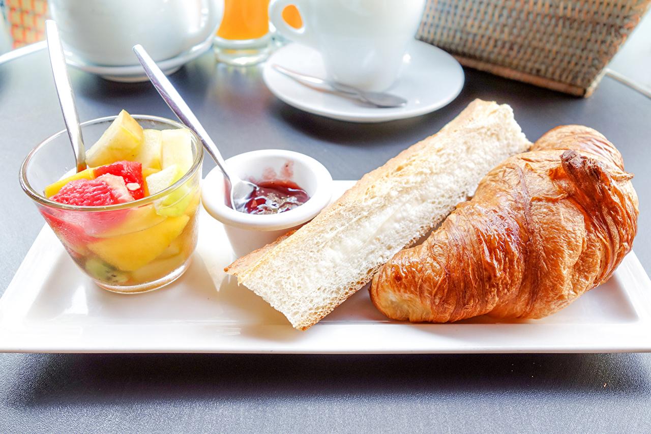Fotos Croissant Obst Lebensmittel