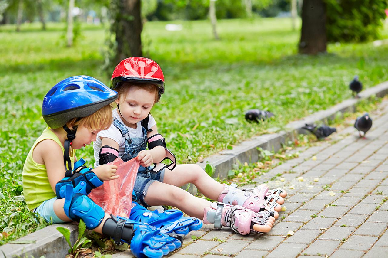 Photos Little girls Boys Helmet Children Two sit child 2 Sitting