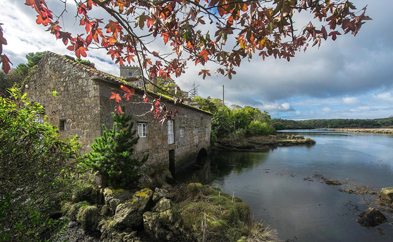 Desktop Hintergrundbilder Spanien Dor Galicia Fluss Steine Haus Städte Stein Flusse Gebäude