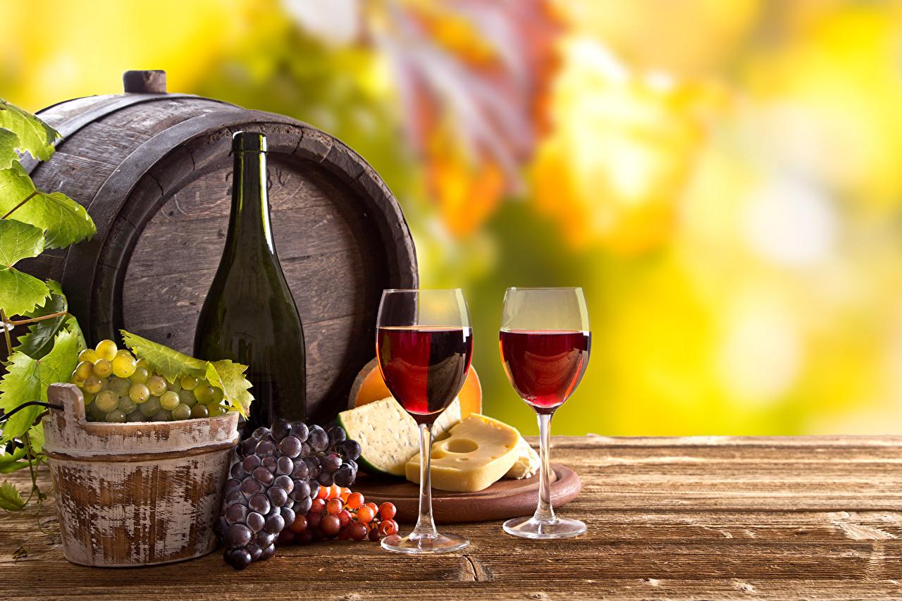 Fotos Wein Fass Käse Weintraube flaschen Weinglas Lebensmittel Getränke Flasche das Essen