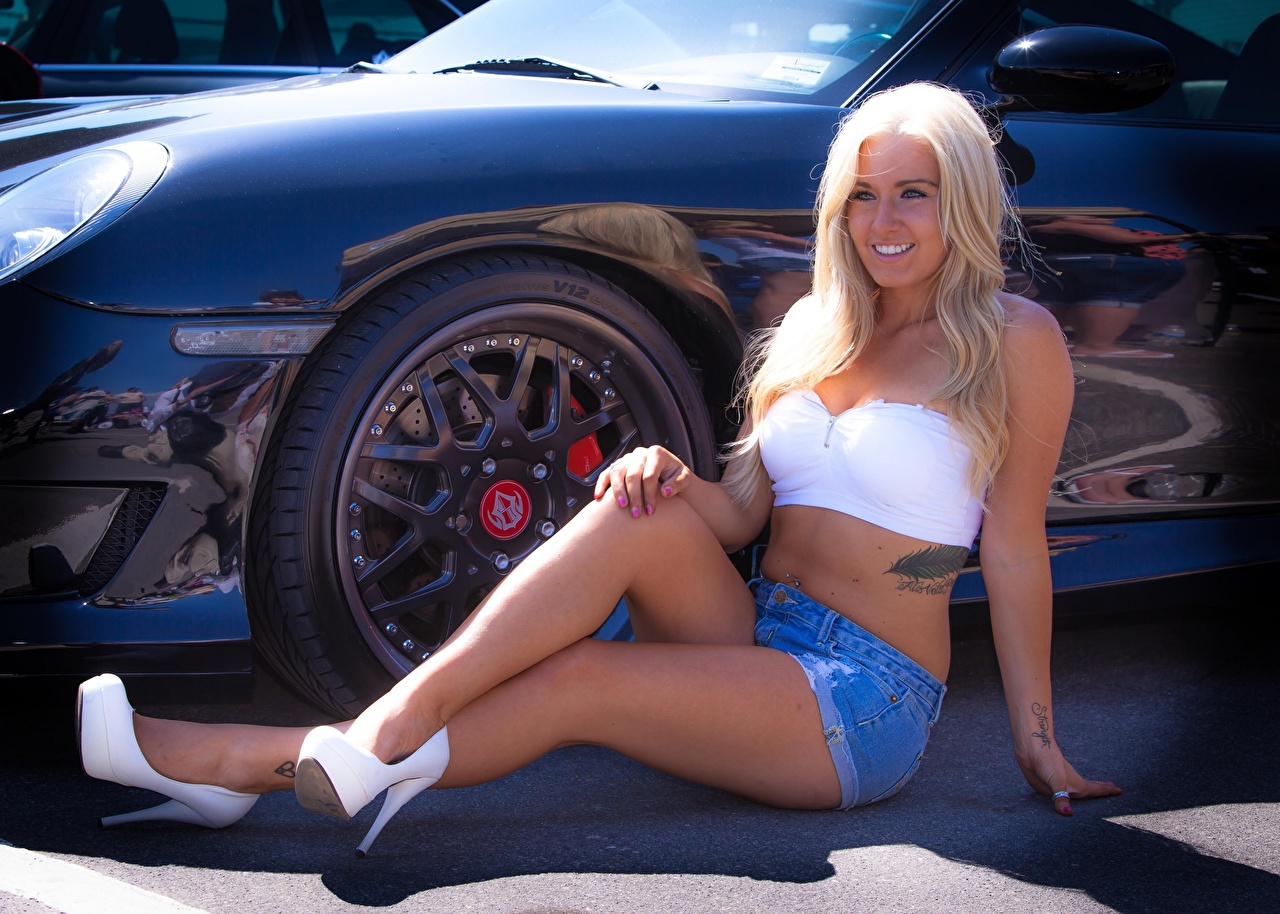 Image Tattoos Blonde girl Smile wheels young woman Legs Hands Shorts Sitting automobile Stilettos Wheel Girls female sit Cars auto high heels