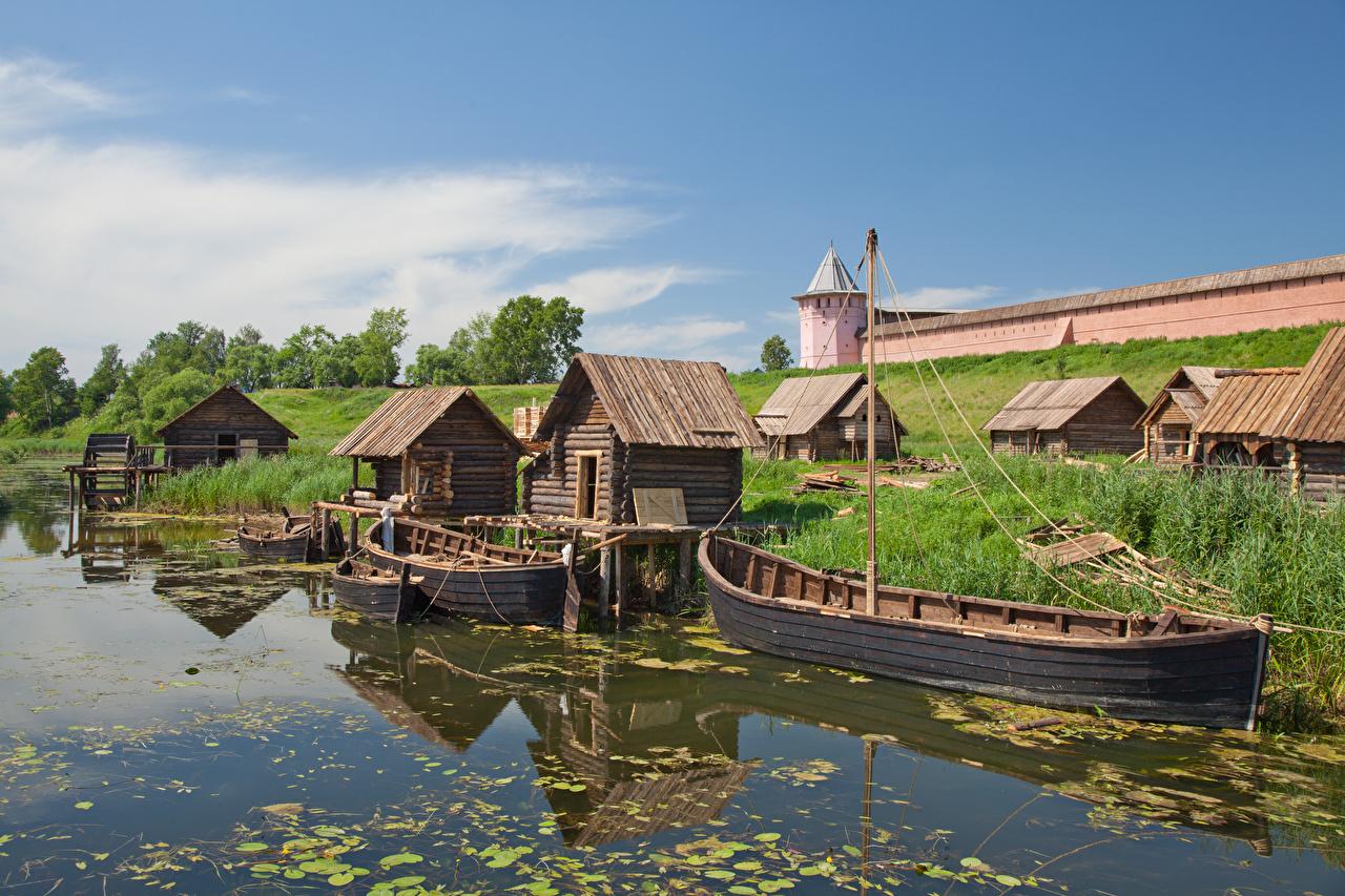 Atracadouros Casa Barcos Rússia Suzdal, Vladimir region, Golden ring of Russia Grama De madeira Edifício, Píer Cidades