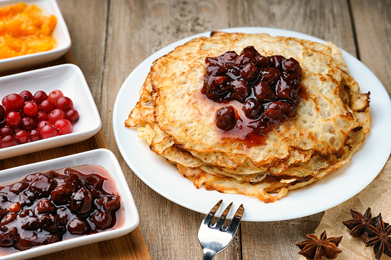 Wallpapers Powidl hotcake Star anise Illicium Food Plate Berry Pancake Varenye Fruit preserves