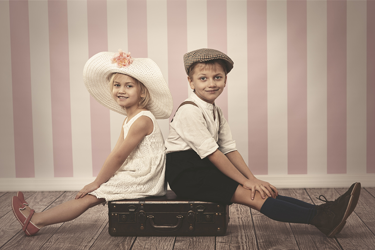 Picture Little girls Boys Children 2 Hat Legs Suitcase Wall Sitting child Two sit walls