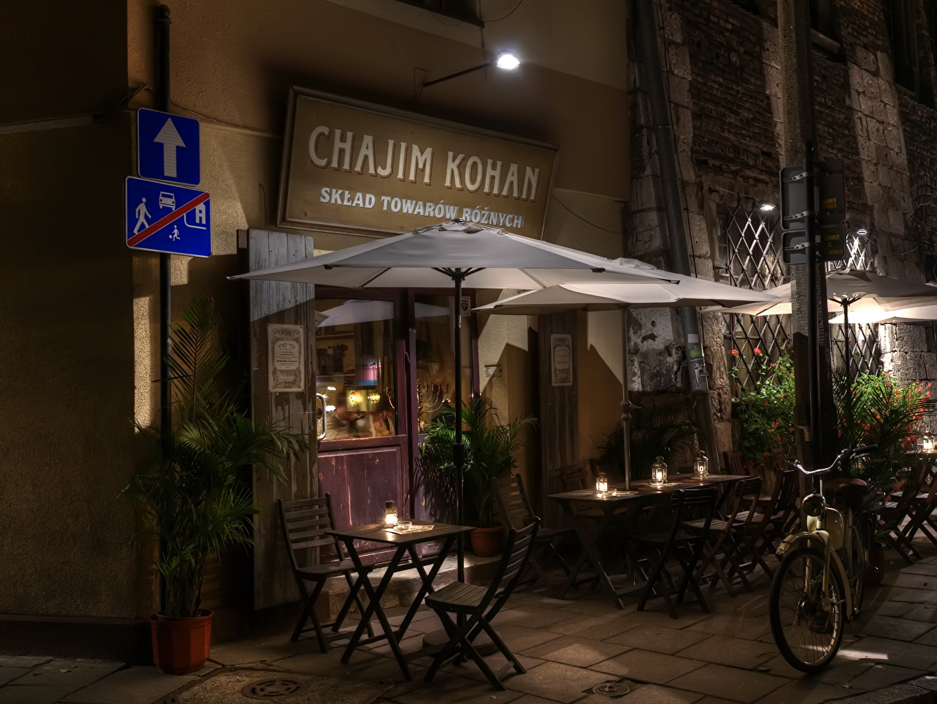 Photos Krakow Poland Cafe Chair Night Cities Chairs night time