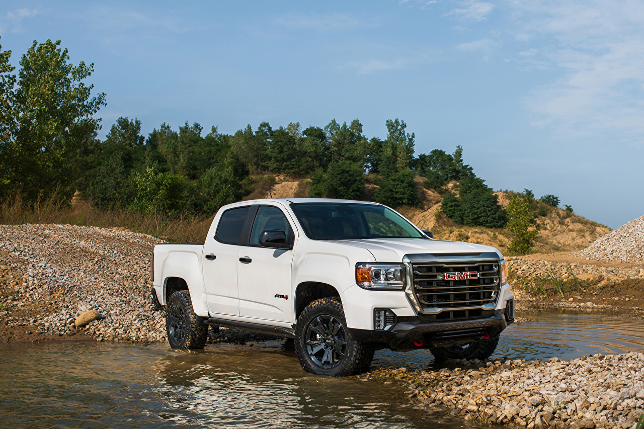 Images GMC Canyon AT4 Crew Cab Off-Road Performance Edition, 2020 Pickup White Cars Metallic General Motors Company auto automobile
