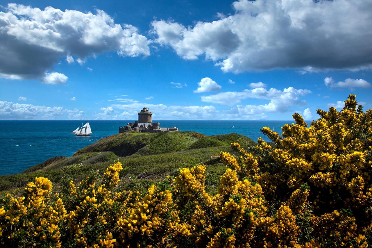 Foto Festung Frankreich Brittany, Fort La Latte Natur Himmel Küste Wolke