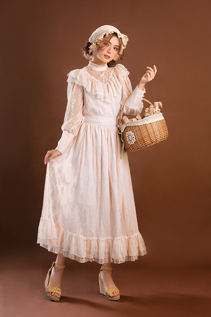 Photos Retro Girls Asian Wicker basket Glance gown  for Mobile phone female vintage antique young woman Asiatic Staring frock Dress