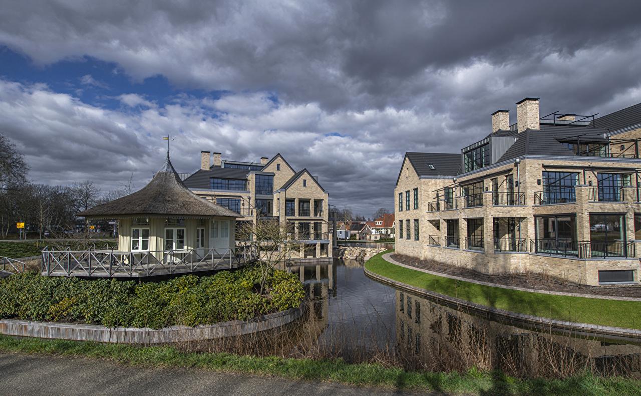 Tapeta Holandia Vreeland Kanał wodny Płot Miasta budynki zagroda Domy miasto budynek