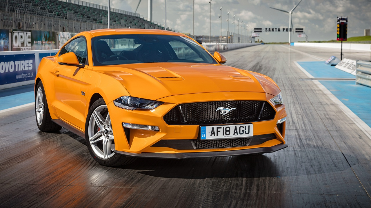 Image Ford 2018 Fastback Mustang GT Orange automobile Cars auto