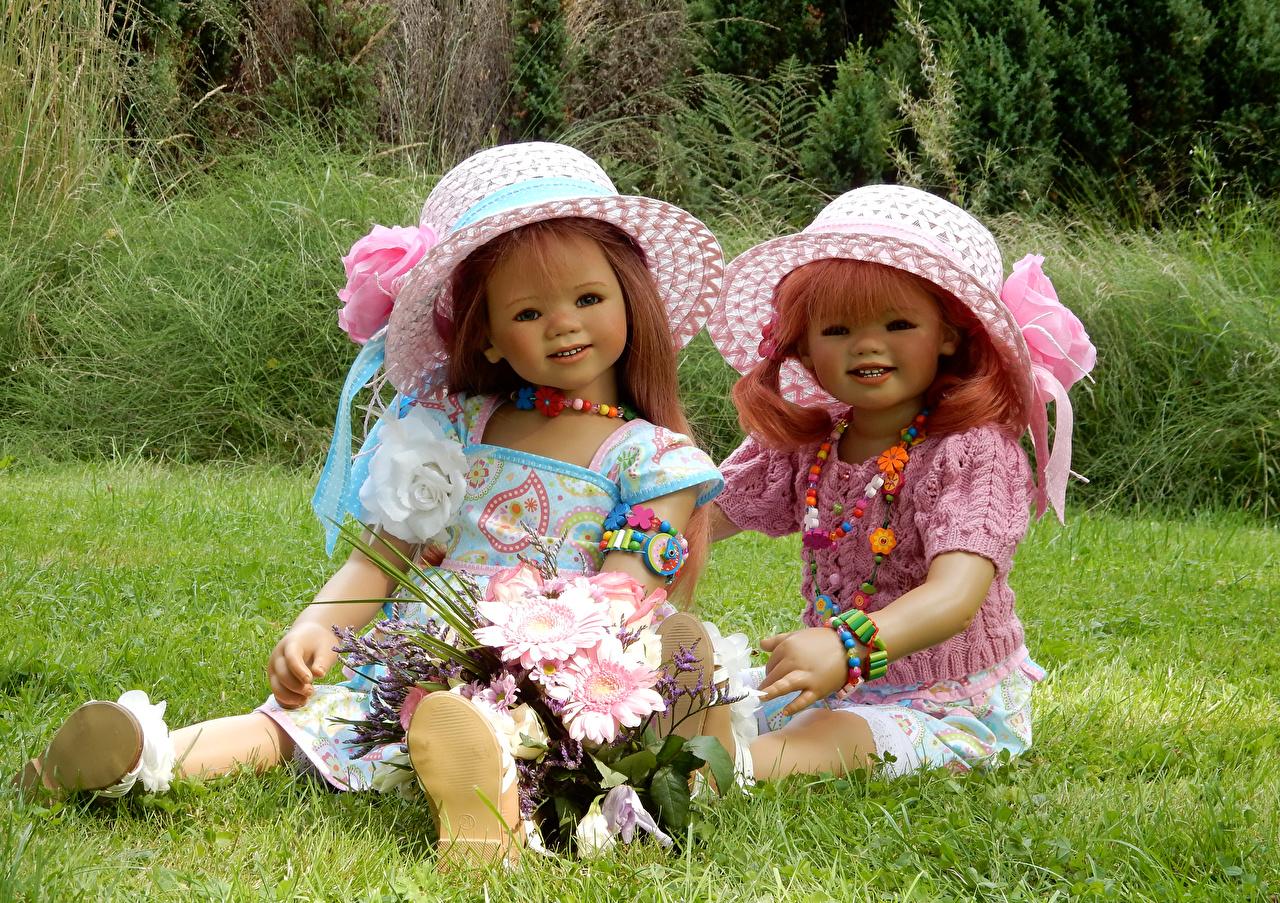 Images Little girls Doll Grugapark Essen Bouquets Two Hat Parks bouquet 2 park