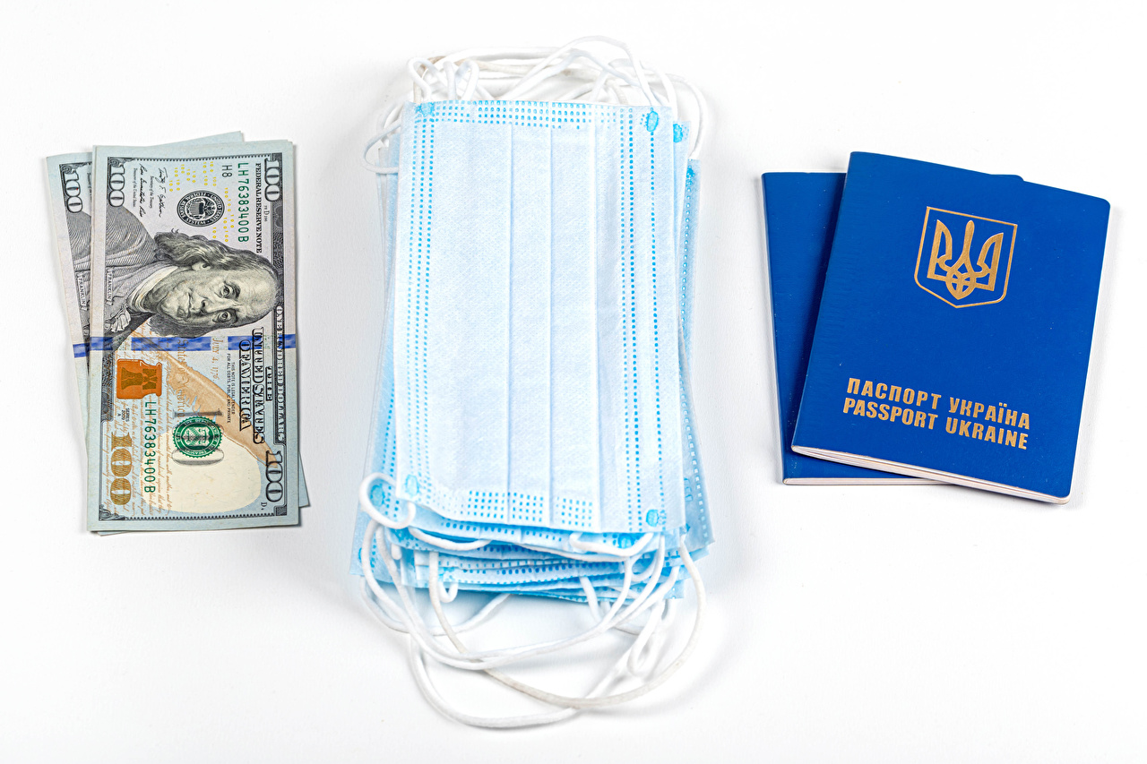 Bilder Dollars Coronavirus Ukraine Geld Masken Weißer hintergrund Maske