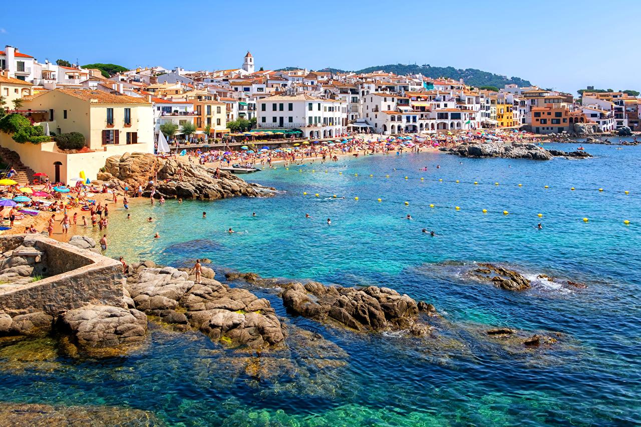 壁紙 スペイン リゾート 住宅 海岸 石 Calella Catalonia 都市 ダウンロード 写真