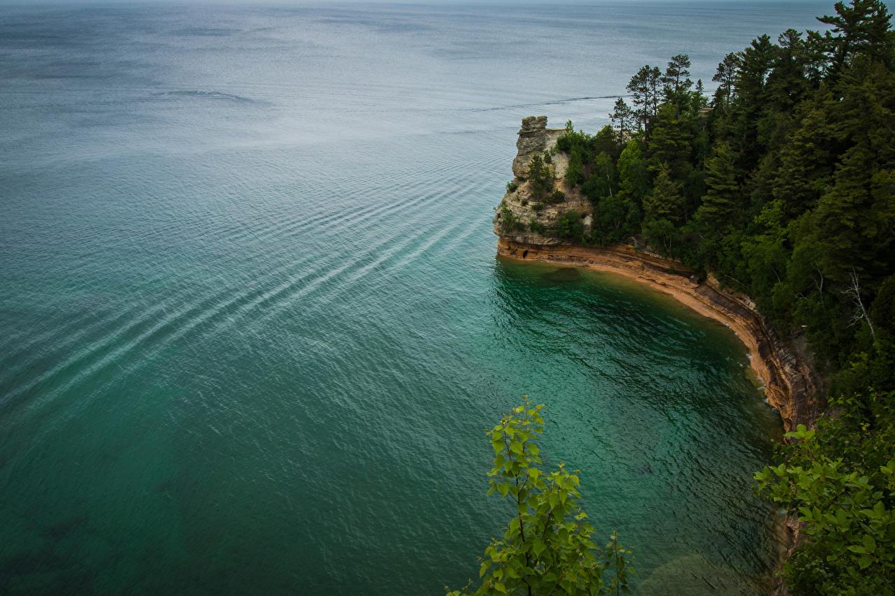Fotos von USA Pictured Rocks National Lakeshore Natur Felsen Wälder Küste Vereinigte Staaten