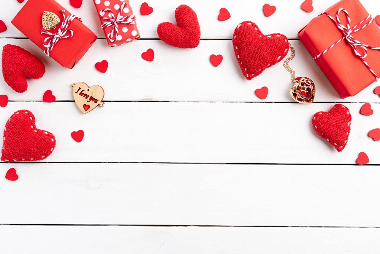 Photo Valentine's Day Heart Template greeting card boards Wood planks