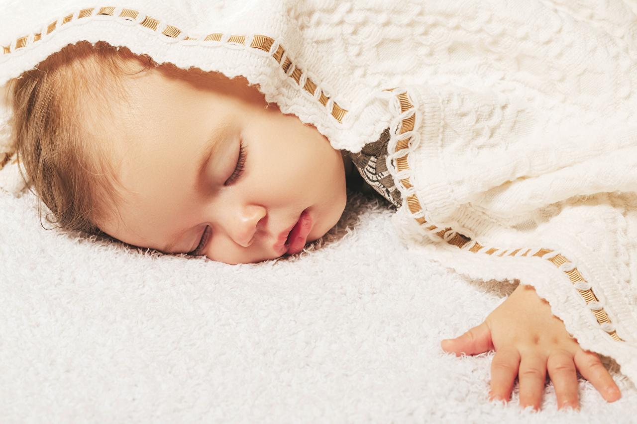 Immagini Lattante bambino addormentata Le mani Il neonato Bambini sonno dormire Sta dormendo Braccia