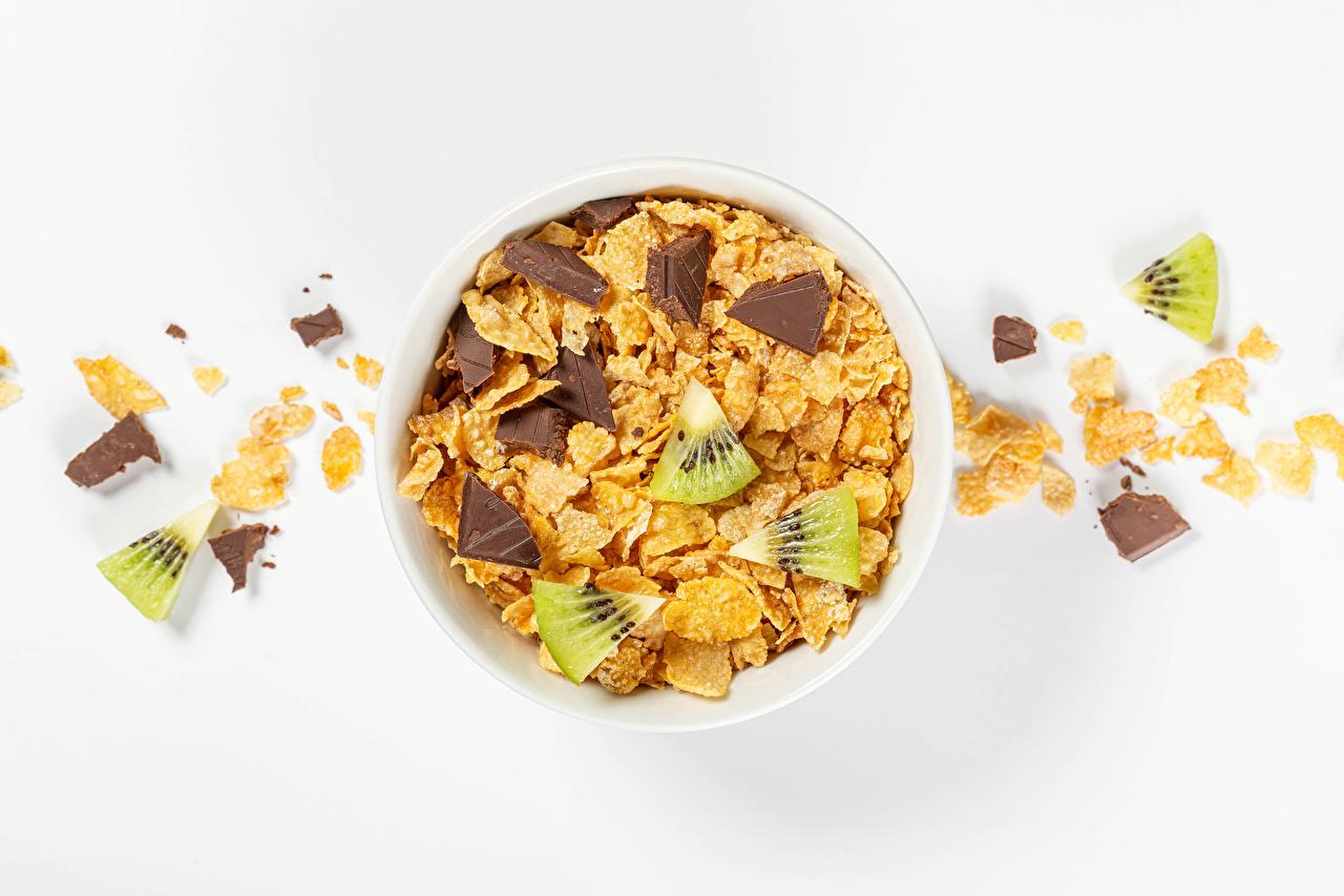 Immagine Corn flakes Cioccolato kivi alimento Sfondo bianco fiocchi di mais Kiwi (frutto) Cibo