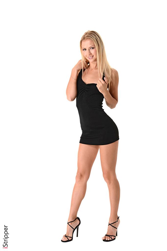 Foto Blondine Lächeln iStripper Kristina junge frau Bein Hand Weißer hintergrund Kleid Stöckelschuh  für Handy Blond Mädchen Mädchens junge Frauen High Heels