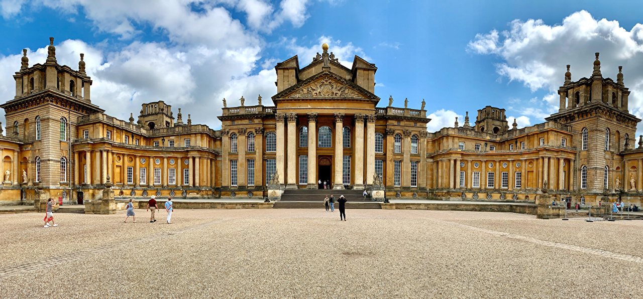 Photo England Blenheim Palace in Oxfordshire Cities
