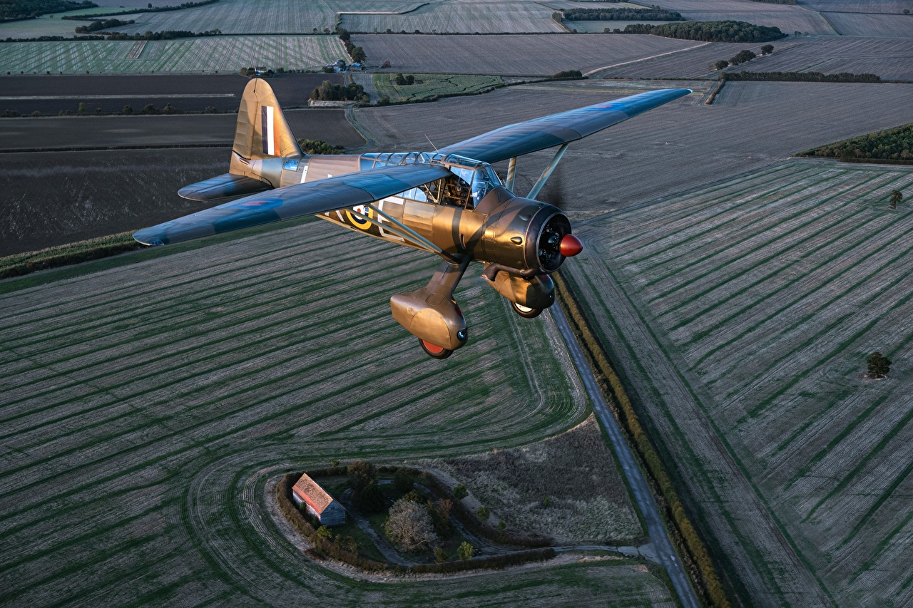 Bilder Flugzeuge Westland Lysander Mk.IIITT Flug Luftfahrt