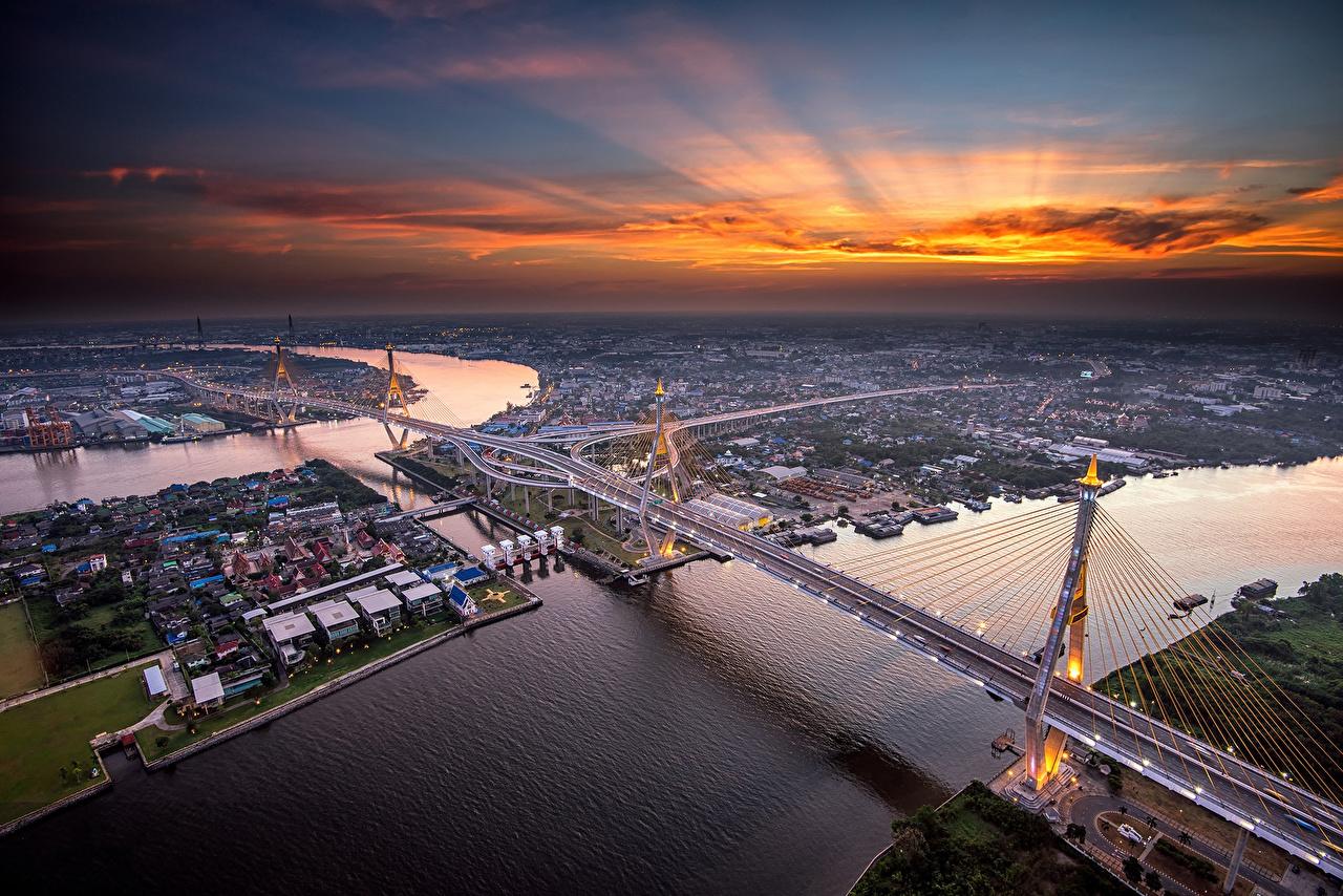 Immagine Bangkok Chao Phraya River ponte fiume Serata Vista dall'alto Città Ponti Fiumi