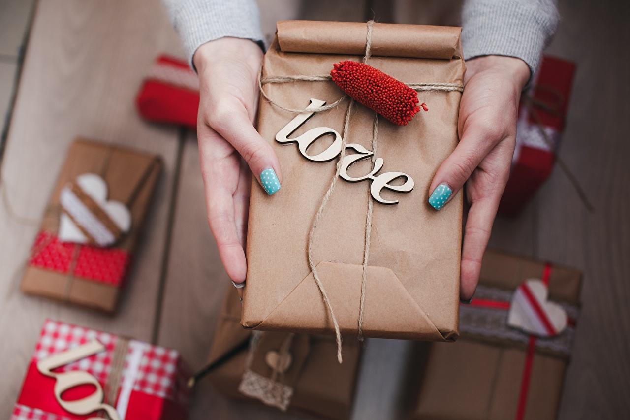 Fotos Valentinstag Liebe Geschenke Schachtel Hand