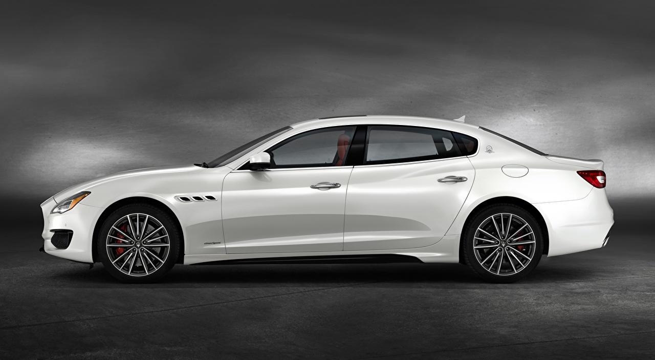 Foto Maserati Quattroporte GTS, GranSport, US-spec, 2018, Luxury Limousine Weiß auto Seitlich Autos automobil