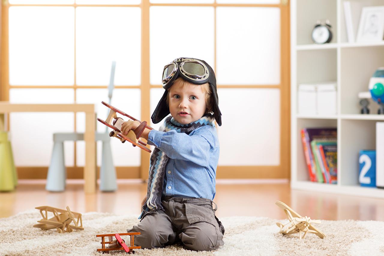 Bilder Junge Flugzeuge Kinder Brille jungen kind