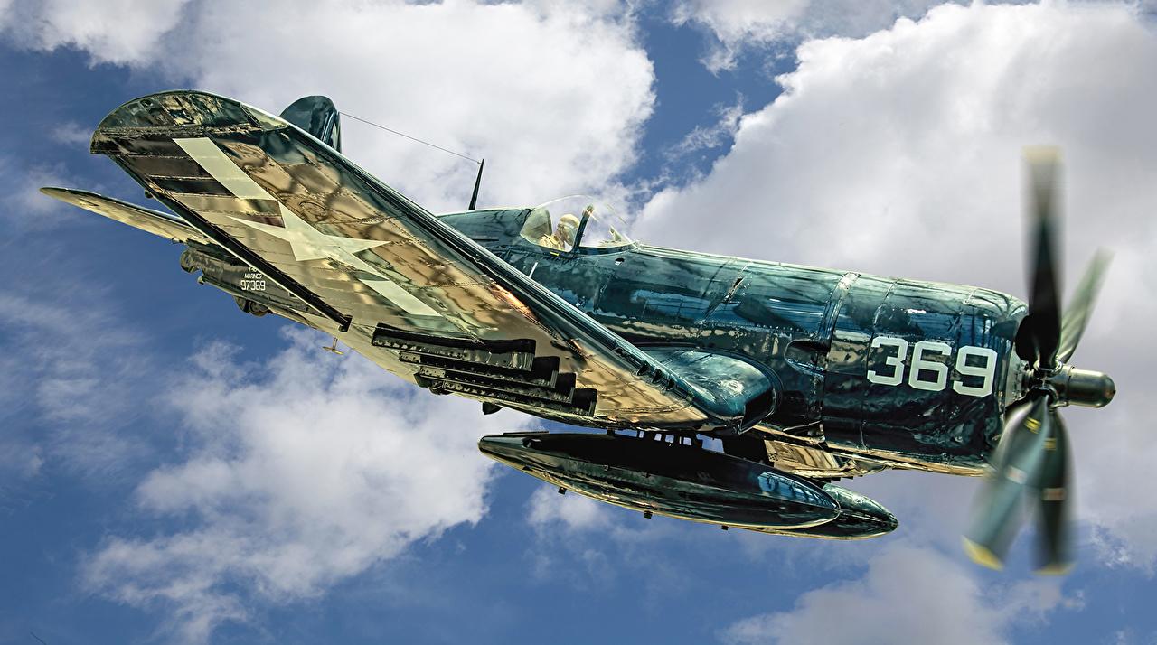 Tapeta Myśliwiec Samoloty Marine F4U-4 Corsair latająca Wojska Lotnictwo samolot myśliwski samolot Lot