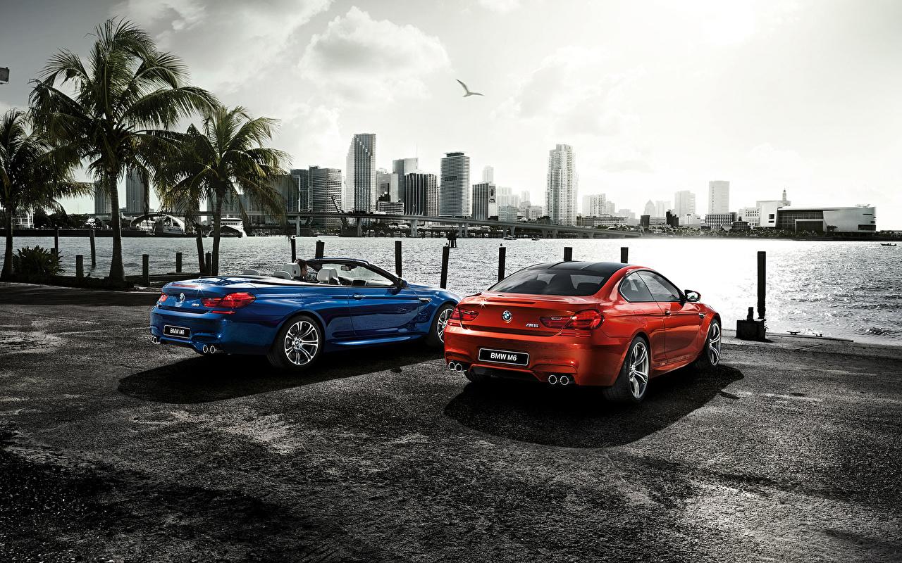 Skrivebordsbakgrunn BMW 2015 M6 F13 p-plass Blå Rød Biler Bakfra kystlinje skyskraper Byer parkert Parkering bil Kyst automobil Skyskrapere byen en by