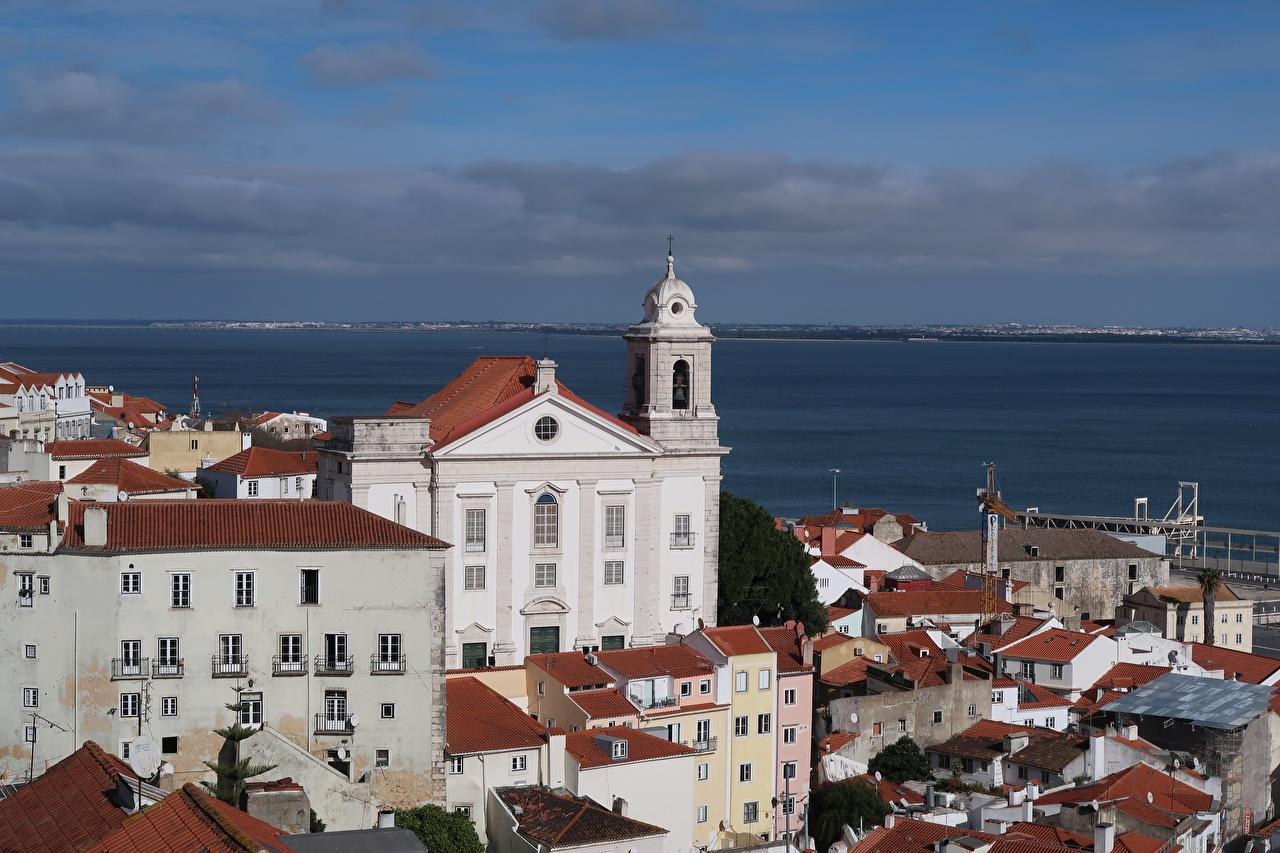 Tapety miasto Kościół Portugalia Alfama Domy Lizbona Miasta budynki budynek