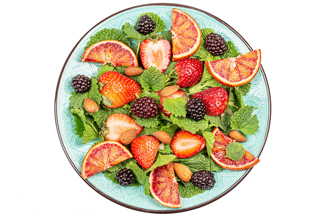 Desktop Wallpapers Grapefruit Strawberry Blackberry Food Plate Salads Nuts White background