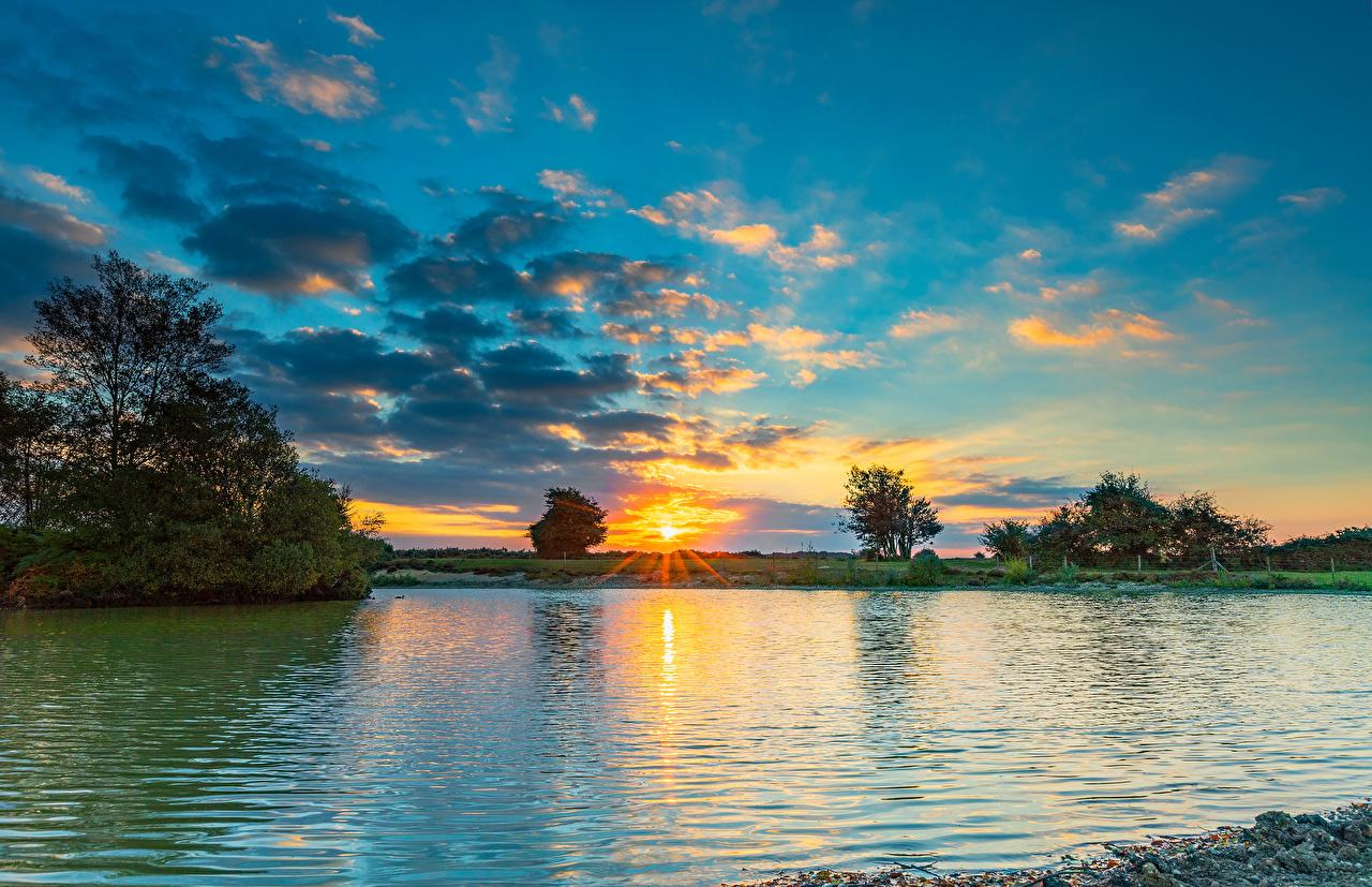 Hintergrundbilder England Fritham Natur See Himmel Landschaftsfotografie Sonnenaufgänge und Sonnenuntergänge Wolke