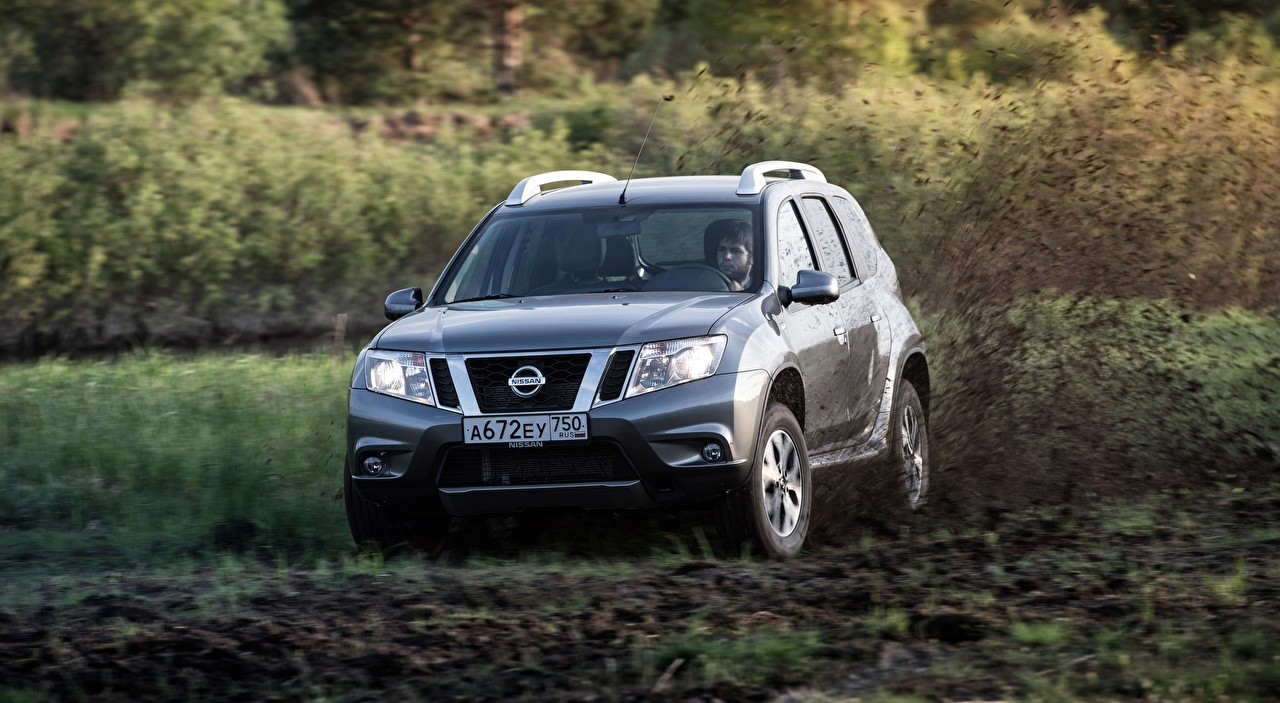 Image Nissan Sport utility vehicle Terrano, RU-spec, 2014 Silver color riding Mud Cars SUV moving Motion driving at speed auto automobile