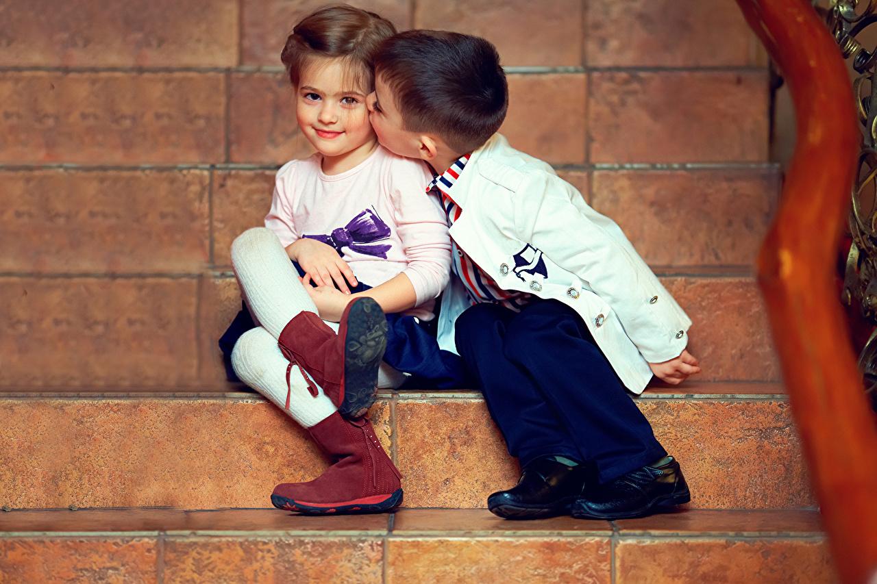 ,,男孩,小女孩,2 兩,靴,楼梯,儿童,