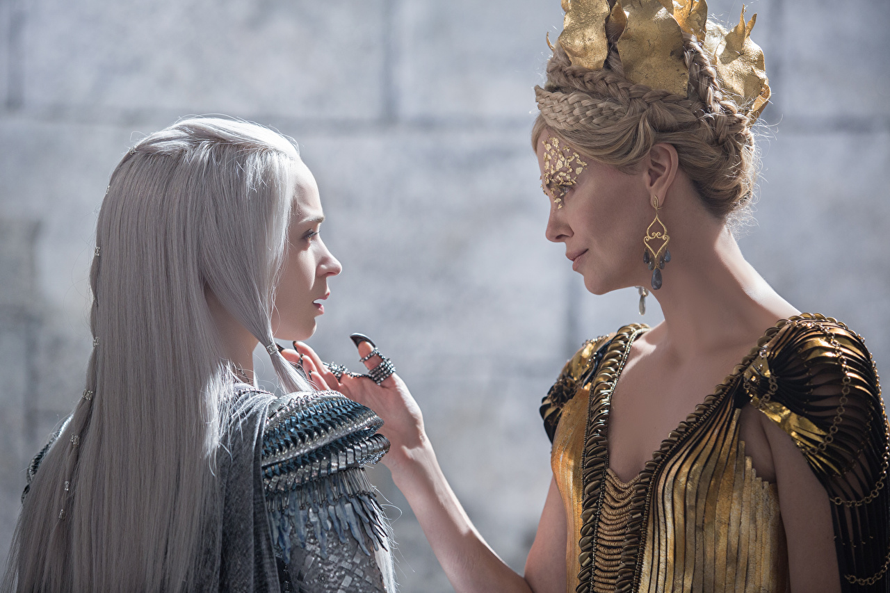 Bilder The Huntsman & The Ice Queen Emily Blunt Charlize Theron Film Prominente