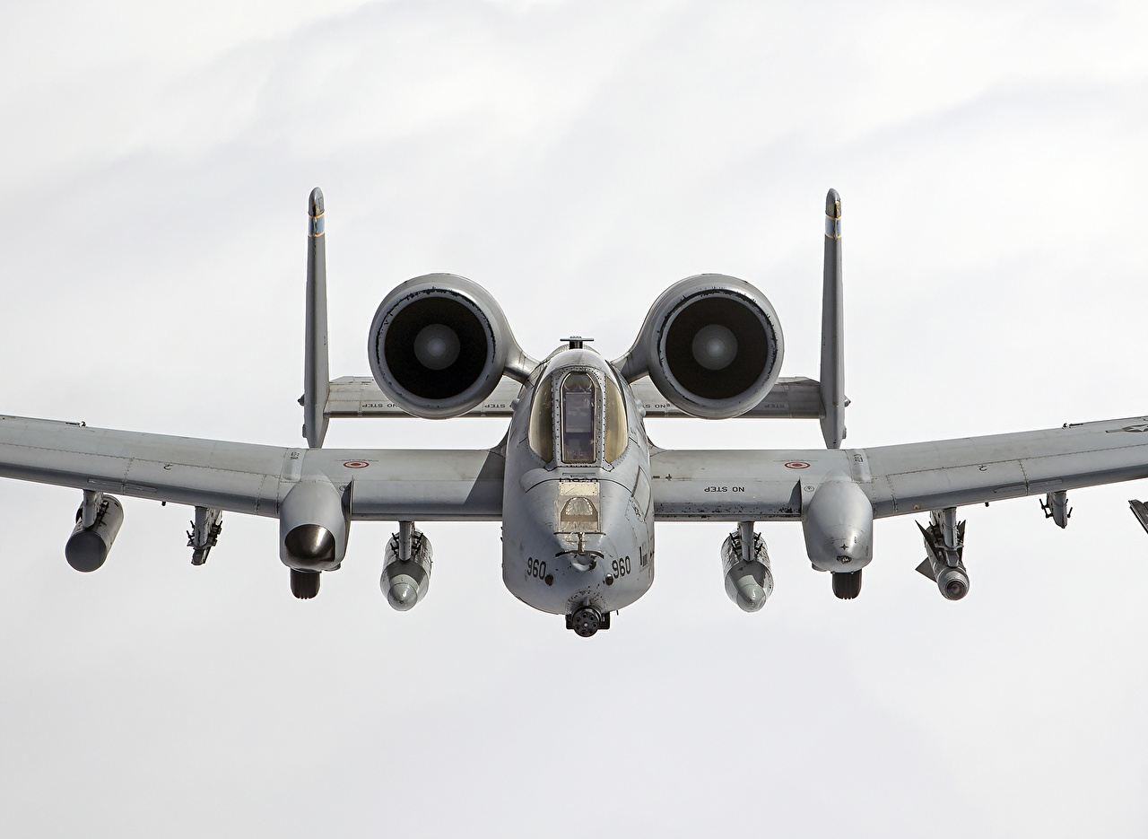 Tapeta na pulpit A-10 Thunderbolt II Samolot szturmowy Samoloty Lotnictwo