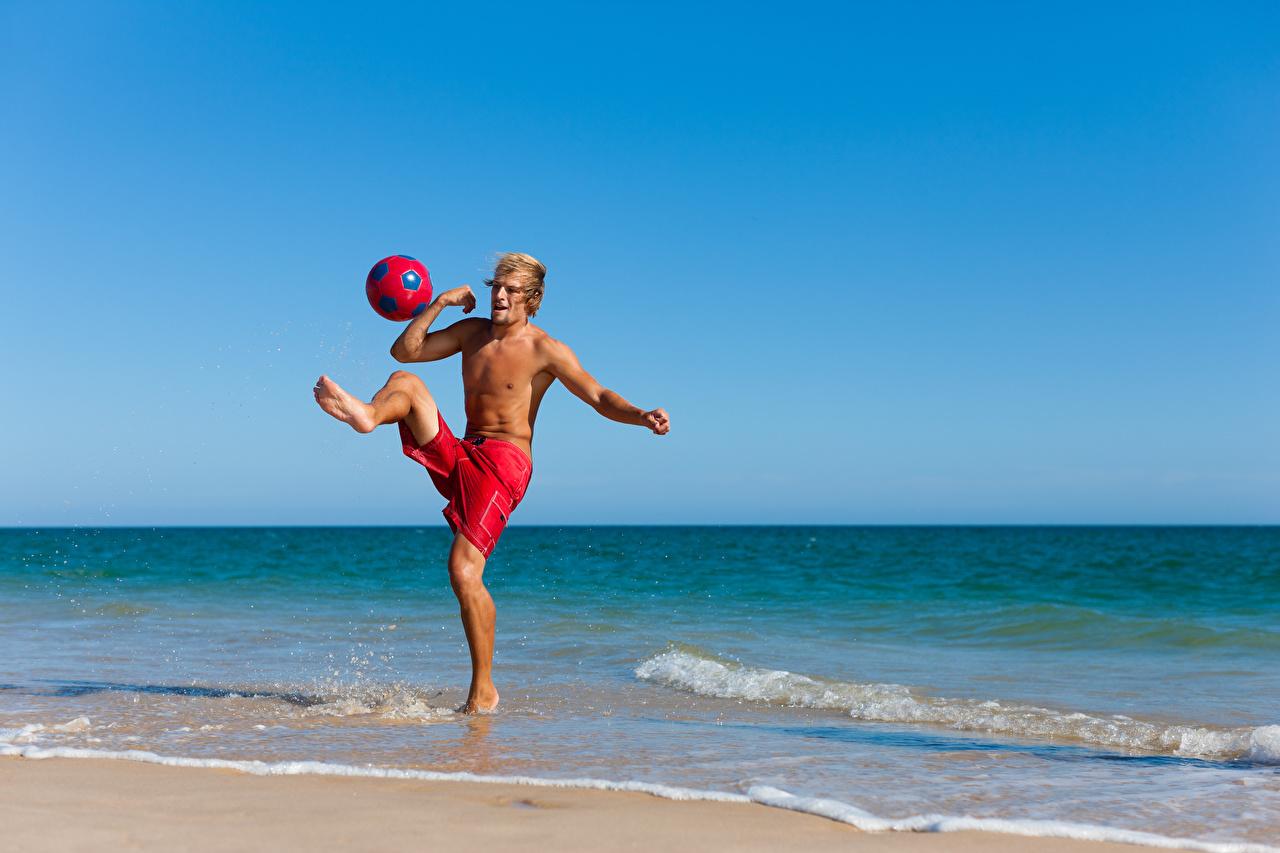 Bilder Mann Körperliche Aktivität Sport Bein Ball Küste Trainieren sportliches