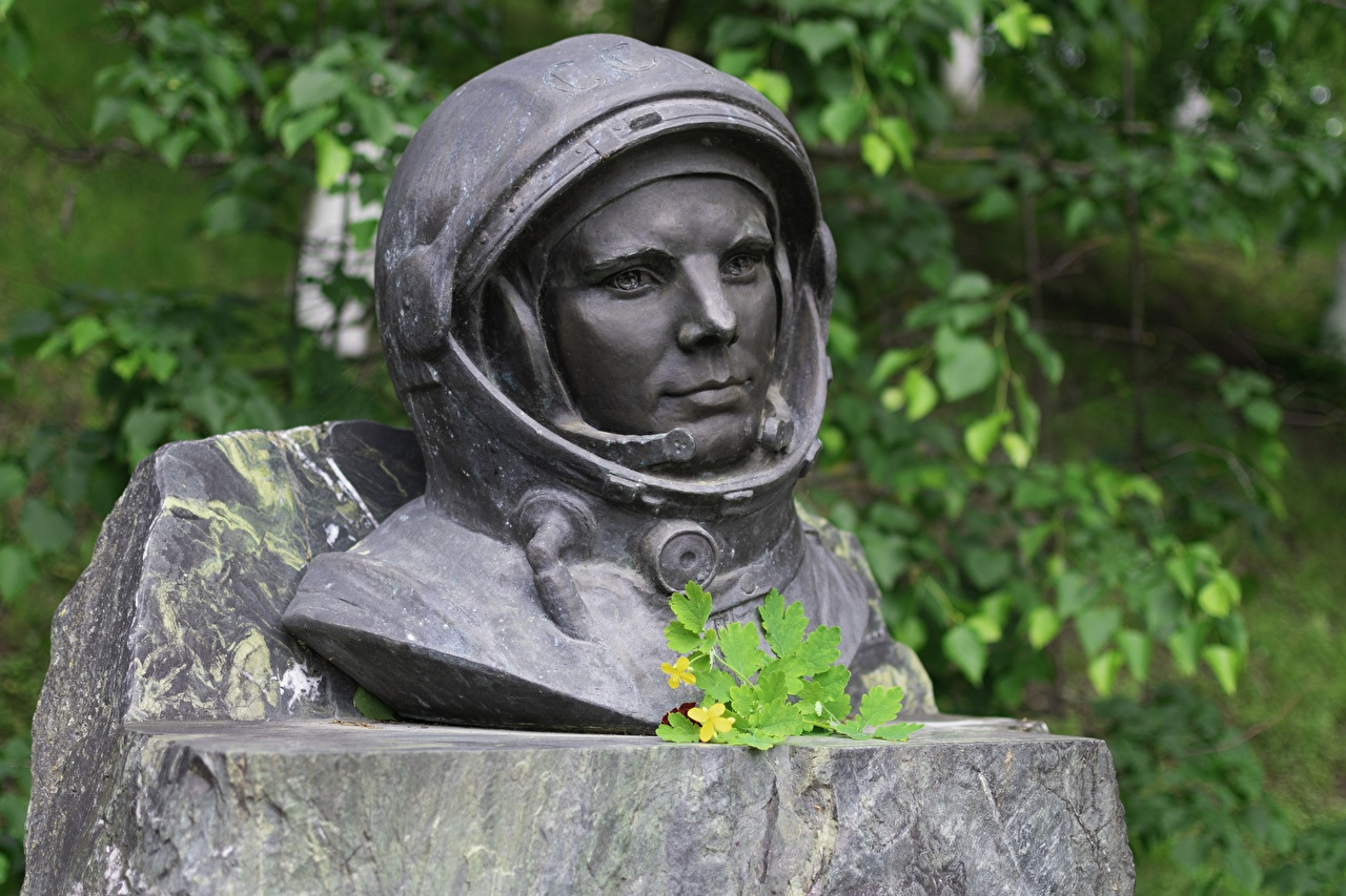 Foto Joeri Gagarin Ruimtevaarder Monument astronaut