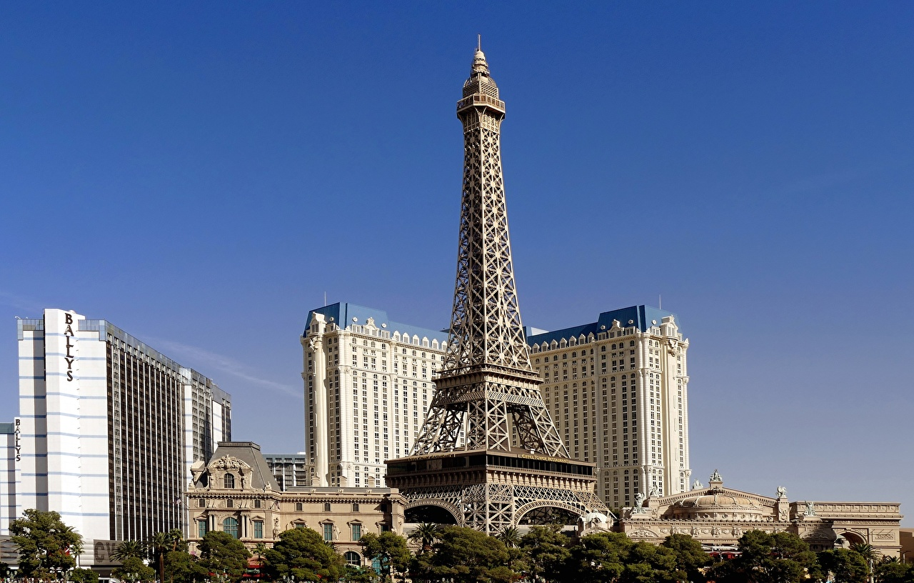 Picture Las Vegas Eiffel Tower USA towers Cities Building Tower Houses