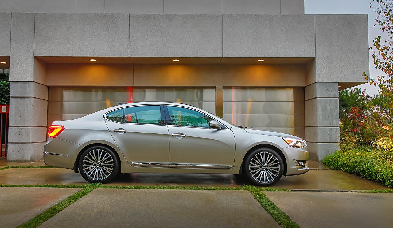 Sfondi KIA 2014 Cadenza Argento colore Auto Vista laterale d'argento Accanto macchina macchine automobile autovettura