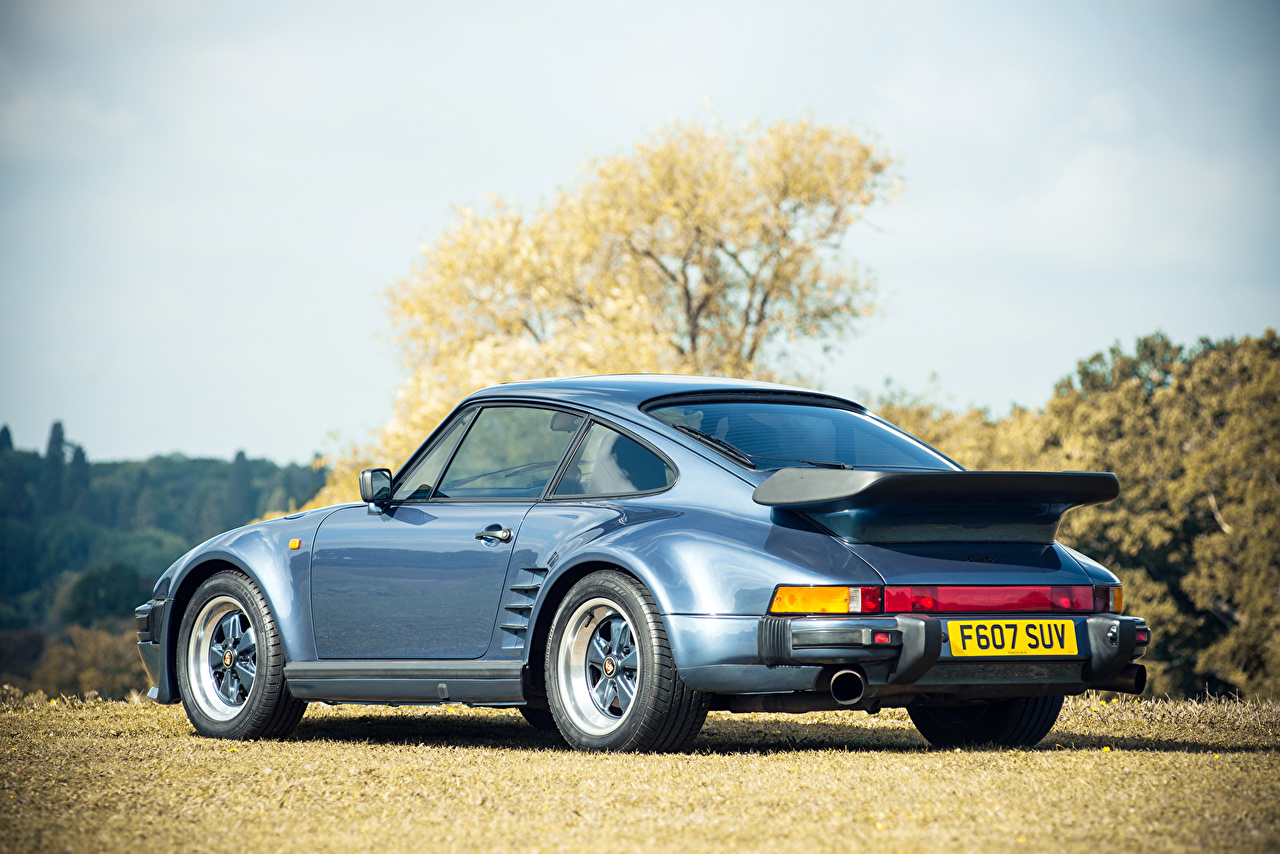 Picture Porsche 1986 911 930 Turbo Se Flatnose Retro Light Blue