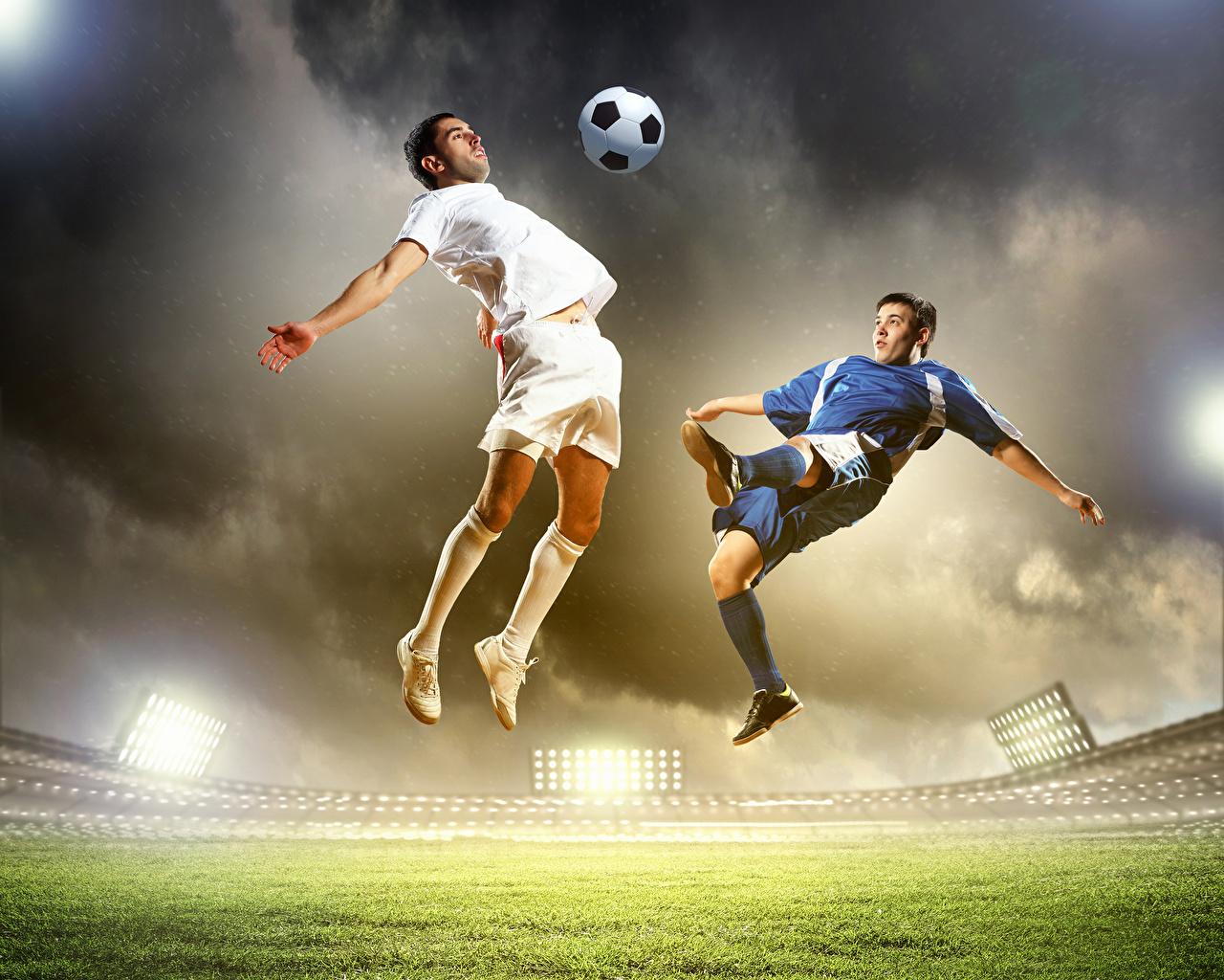 Bilder von Mann Zwei Sport Fußball Sprung Ball Uniform 2