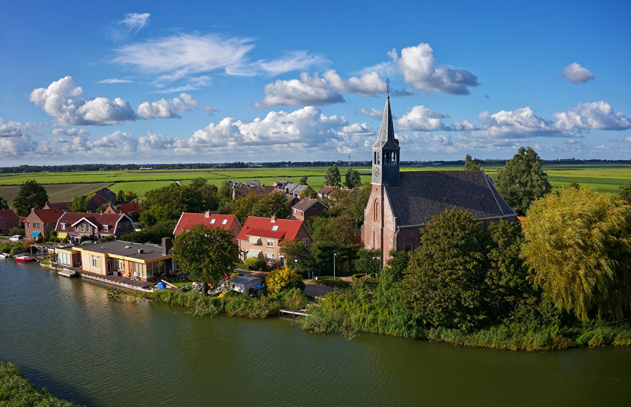 Images Church Netherlands Oudendijk river Marinas Cities Building Pier Berth Rivers Houses