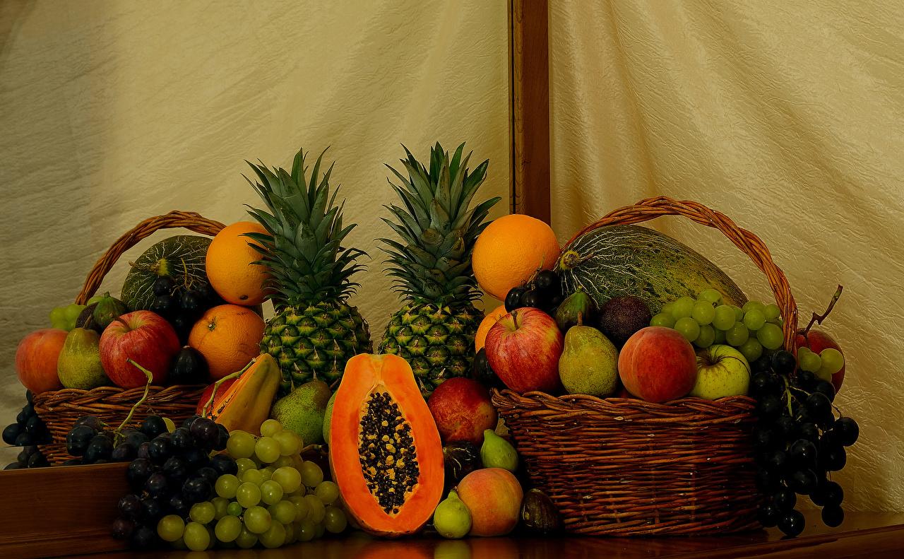 Pêches Pommes Poires Orange fruit Le raisin Ananas Citrouille Fruits Nature morte Panier en osier aliments Nourriture